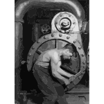 Lewis Hine Power house mechanic working on steam pump 2016122100